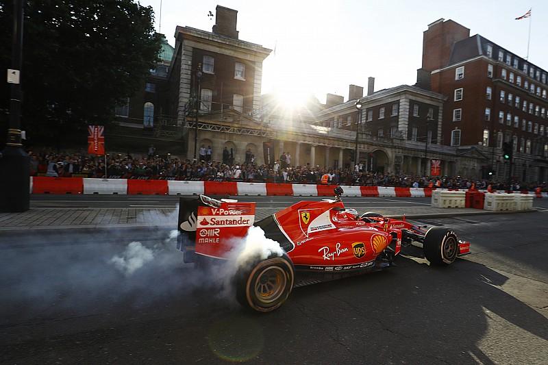 F1, le monoposto si esibiranno in centro a Milano
