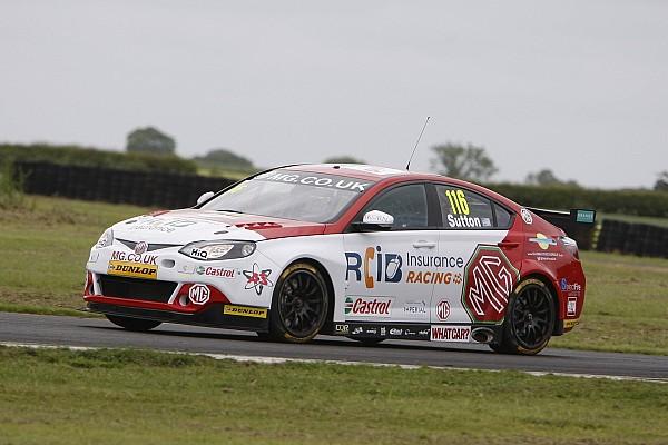 BTCC Race report Croft BTCC: Sutton takes maiden win in wet Race 3