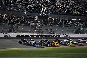 NASCAR Sprint Cup Breaking news NASCAR announces 2017 start times, moving closer to primetime