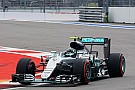Russian GP: Rosberg cruises to pole as Hamilton's car fails again
