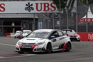 TCR Race report Singapore TCR: Grachev wins shortened Race 2, Nash reclaims points lead
