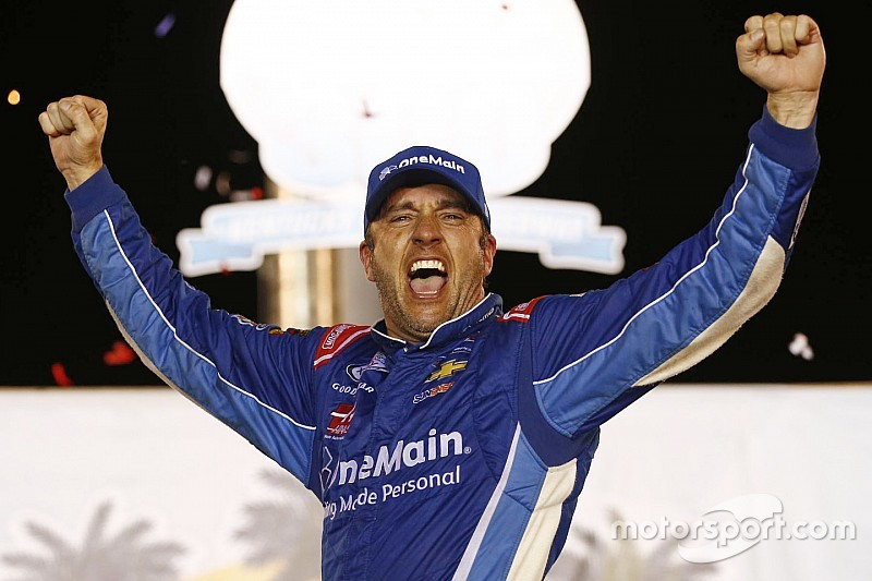 Meet (most of) NASCAR's most popular drivers in 2016