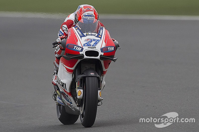 Stoner continues to shrug off Ducati race return speculation