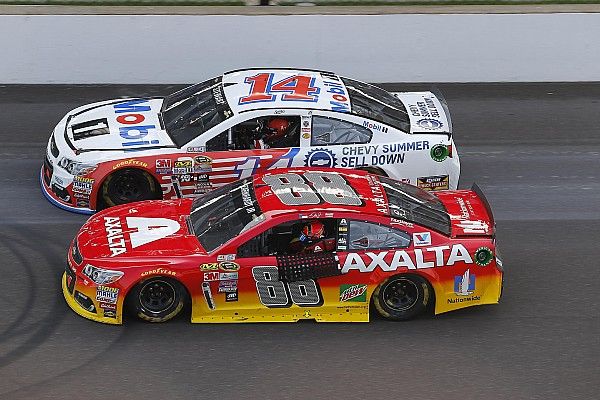NASCAR Sprint Cup Stewart and Gordon share one-lap salute after final Brickyard 400