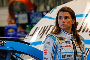 Danica Patrick enters 2017 NASCAR season with sponsorship problems
