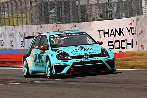 TCR Race report Sochi TCR: Comini takes lights-to-flag win in Race 1