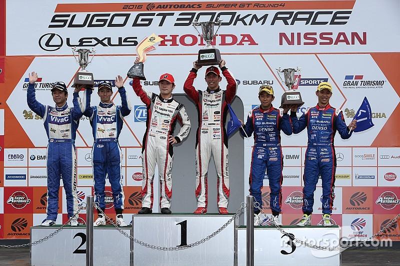 スーパーGT第4戦SUGO決勝【GT300】こちらも大逆転。プリウスが今季初入賞・初勝利
