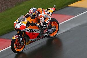MotoGP Practice report Sachsenring MotoGP: Pedrosa tops wet warm-up, Marquez crashes