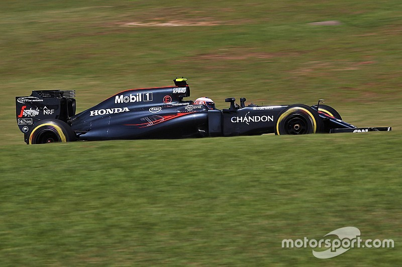 """Button confused by """"terrible"""" streak of form"""