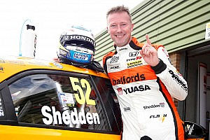 BTCC Race report Snetterton BTCC: Shedden takes last lap win in restarted race
