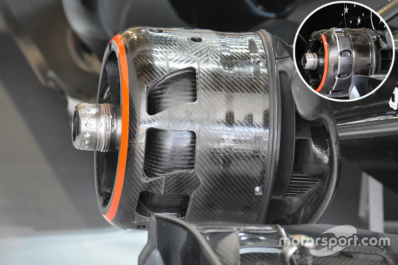 McLaren MP4-31 brake duct