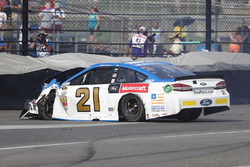 Ryan Blaney, Wood Brothers Racing Ford, crash