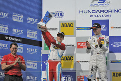 Podium: second place Ralf Aron, Prema Powerteam Dallara F312 – Mercedes-Benz; Winner Maximilian Günther, Prema Powerteam Dallara F312 – Mercedes-Benz