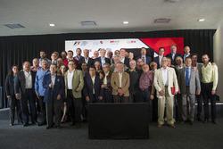Adrian Fernandez joins the FORMULA 1 GRAN PREMIO DE MEXICO F1ESTA as an official ambassador