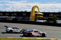 Australian GT Photos - #1 JAMEC PEM Audi R8 LMS: Miguel Molina, Tony Bates and #7 Darrell Lea Aston Martin Vantage GT3: Tony Quinn, Hayden Cooper