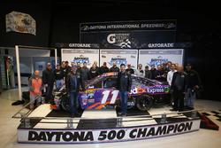 Denny Hamlin, Joe Gibbs Racing Toyota with the Team