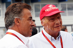 Jean Alesi, Mercedes Non-Executive Chairman on the grid