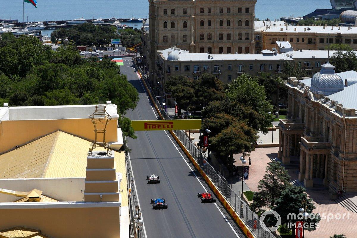 Pole para Leclerc en Azerbaiyán
