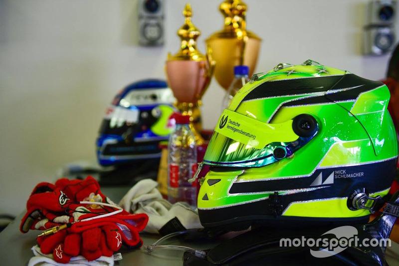 Mick Schumacher helmet