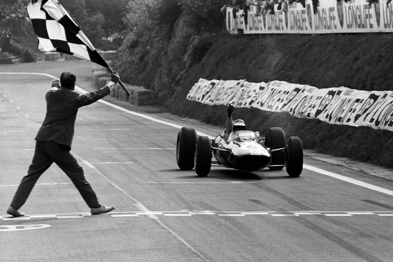 Another French GP win, this one at the beautiful Clermont-Ferrand track in 1965, at the wheel of a Lotus 33.