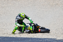 Pol Espargaro, Monster Yamaha Tech 3 runs wide and crashes