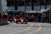 Formula 1 Photos - Sebastian Vettel, Ferrari SF16-H, Kimi Raikkonen, Ferrari SF16-H