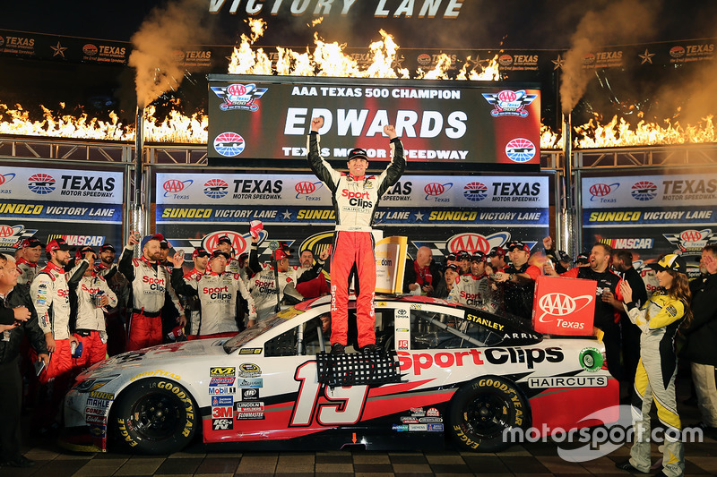 8. Race winner Carl Edwards, Joe Gibbs Racing Toyota