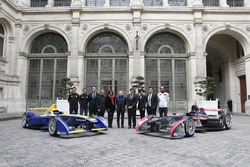 Loic Duval; Jérone D'ambrosio; Alejandro Agag, Formula E CEO; Alain Prost, Anne Hidalgo, Major of Paris; Jean Todt, FIA Président; Patrick Kanner, French Minister for Sport; Rachida Dati, french european parliament delegate and major of 7th district of Paris and Jean Eric Vergne