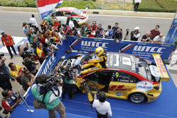 Race winner Tom Coronel, Roal Motorsport, Chevrolet RML Cruze TC1