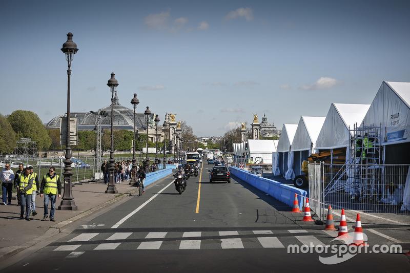 ePrix di Parigi, box e pit lane