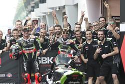 Race winner Tom Sykes, Kawasaki Racing, Jonathan Rea, Kawasaki Racing