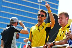 Jolyon Palmer, Renault Sport F1 Team and team mate Kevin Magnussen, Renault Sport F1 Team on the drivers parade