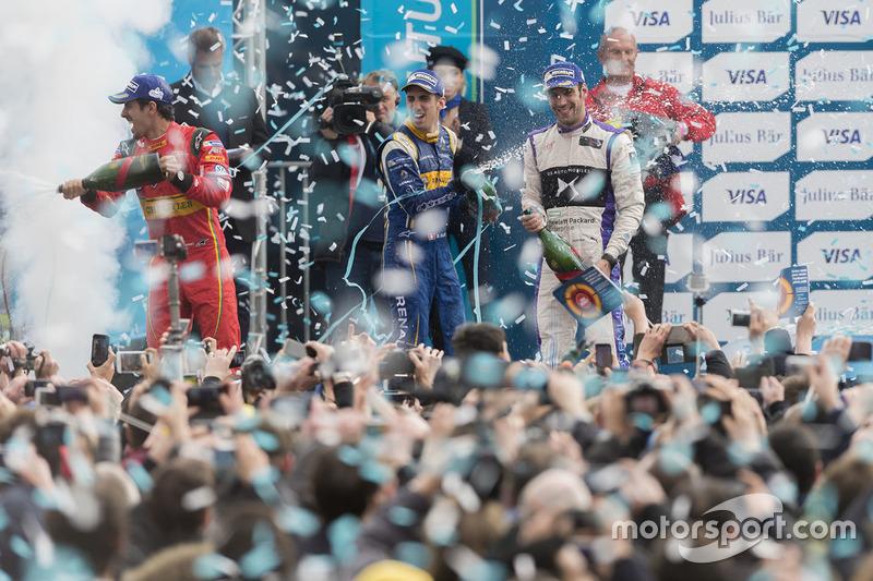 Podium: winner Lucas di Grassi, ABT Schaeffler Audi Sport, second place Jean-Eric Vergne, DS Virgin Racing, third place Sébastien Buemi, Renault e.Dams