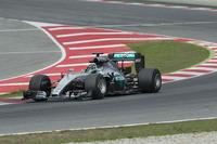Nico Rosberg, Mercedes F1 Team teste les pneus Pirelli 2017