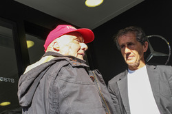 (L to R): Niki Lauda, Mercedes Non-Executive Chairman with Alain Prost,