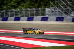 #66 JMW Motorsport Ferrari F458 Italia: Rory Butcher, Robert Smith, Andrea Bertolini