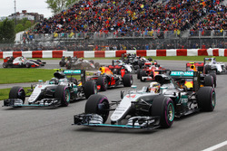 Lewis Hamilton, Mercedes AMG F1 W07 Hybrid and team mate Nico Rosberg, Mercedes AMG F1 W07 Hybrid at the start of the race