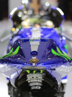 Valentino Rossi, Yamaha Factory Racing detail