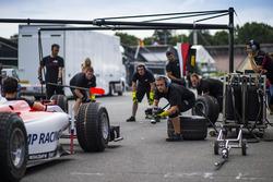ART Grand Prix, practice a pit stop