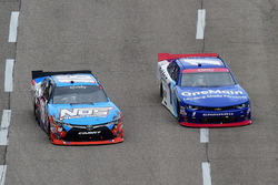 Matt Tifft, Joe Gibbs Racing Toyota, Elliott Sadler, JR Motorsports Chevrolet