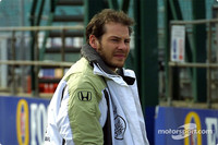 Villeneuve to stay with BAR for 2003
