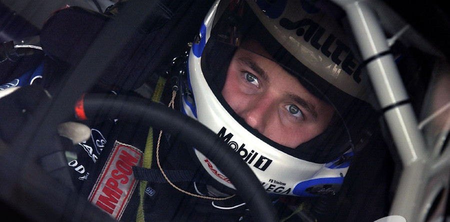 Newman grabs pole, makes history in Phoenix