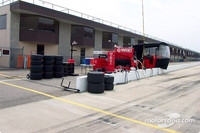 IRL: IndyCar teams test at MIS, looking for speed