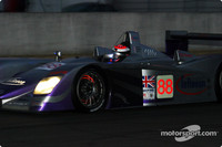 Herbert maintains lead as sun sets in Le Mans