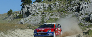 Loeb trots to win in Turkey