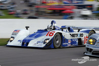 Weaver snatches Mosport pole