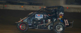 Midget Hines takes 2005 Chili Bowl title