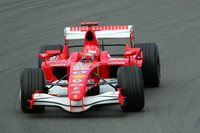 Schumacher on top in European GP last practice
