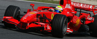 Formula 1 Massa confidently takes Spanish GP victory