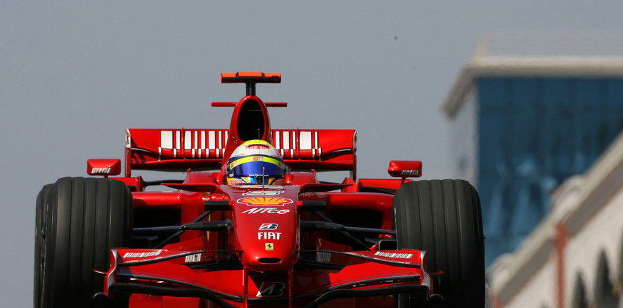Massa snatches pole position for Turkish GP